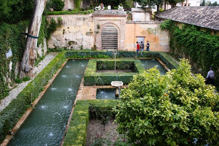 Alhambra – szczytowe osiągnięcie muzułmańskiej wyobraźni i artyzmu