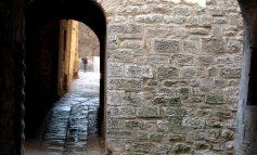 Gubbio – urok krętych uliczek