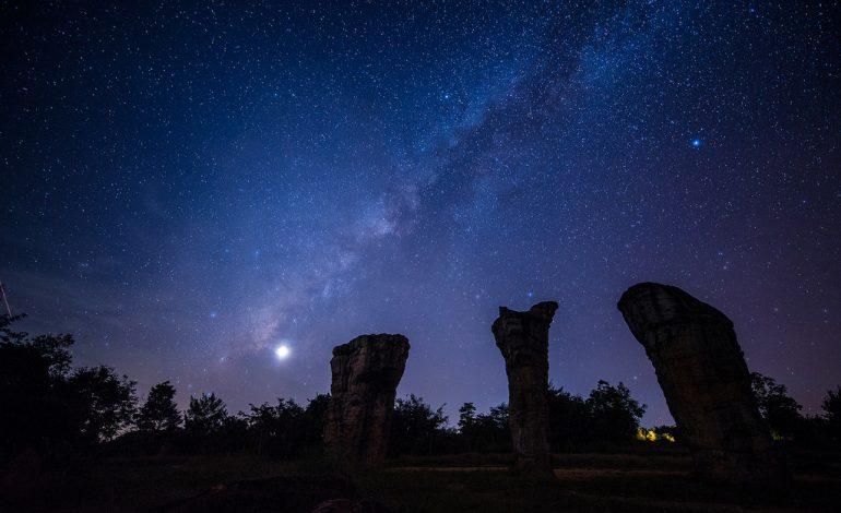 NASA potwierdza -Wężownik nowym znakiem zodiaku