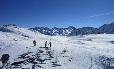 Polacy coraz wcześniej rezerwują urlopy narciarskie. Rezerwacja z wyprzedzeniem obniża koszty nawet o 1/3