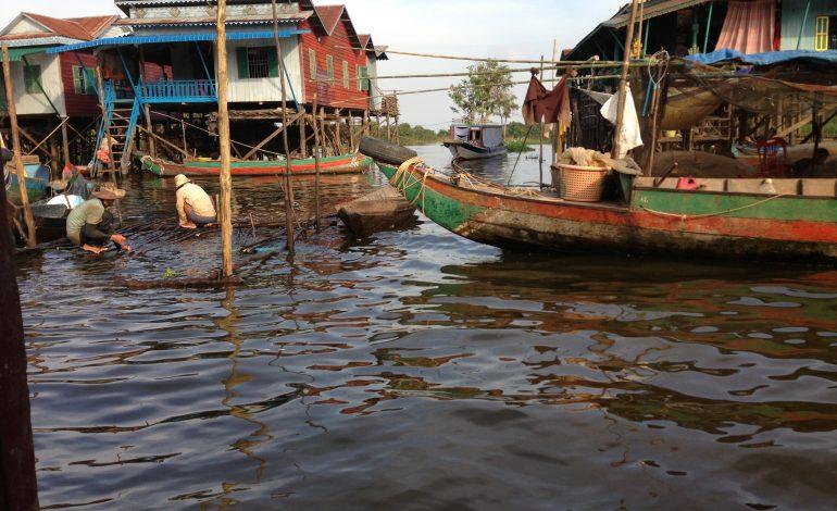 Kambodża – wioski na jeziorze Tonle Sap