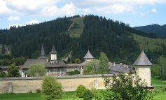 Bukowina – śladem malowanych klasztorów i polskich pamiątek