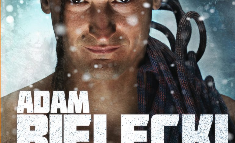 Pierwsza opowieść Adama Bieleckiego o jego drodze z rodzinnych Tychów  na szczyty najwyższych gór świata.