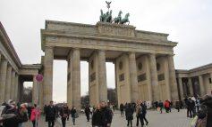 Berlin - miasto murem podzielone