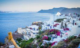 Grecja numerem jeden wśród kierunków wakacyjnych. Wybiera ją blisko 40 proc. turystów